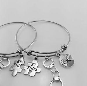 Jewelry - Two best friend charm bracelet